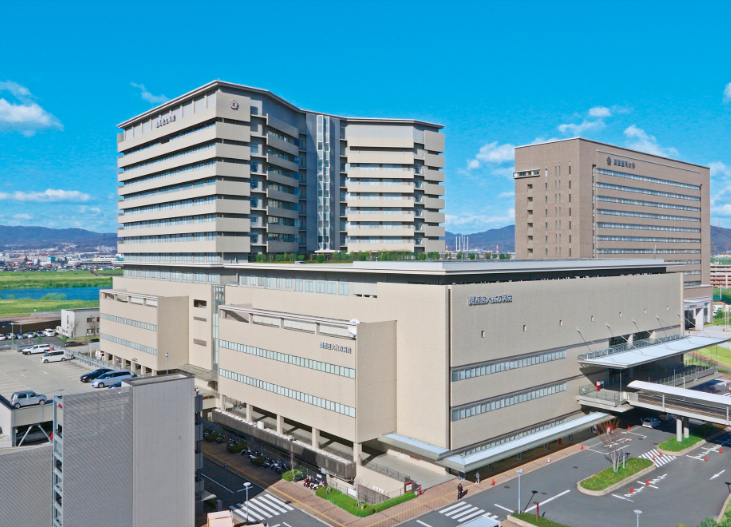 関医タワー